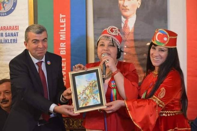 AZERBAYCAN TÜRKİYE KARDEŞLİĞİNDE ALTIN ELLER 10. ANKARA SANAT FESTİVALİNDE BULUŞTULAR